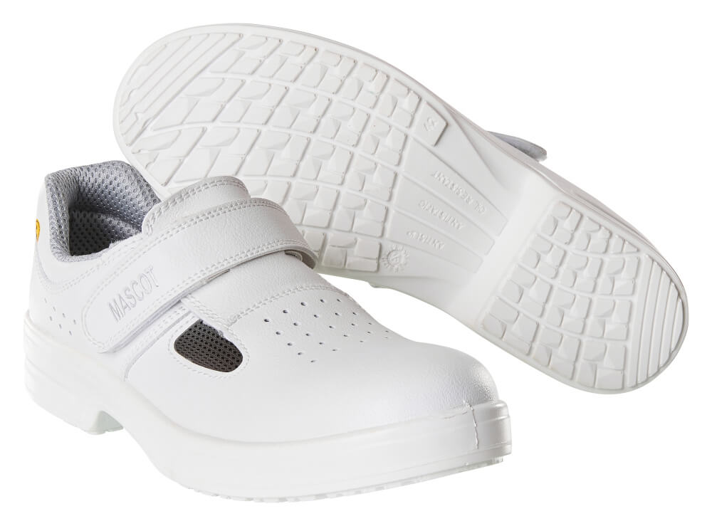 F0801-906-06 Turvasandaalit - valkoinen